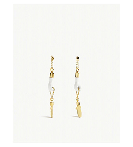 CHLOE Femininities drop earrings (Gold/white
