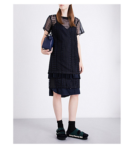 SACAI Cable-pattern embroidered lace dress (Navy/black