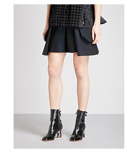 SACAI Pocket-detail cotton-twill shorts (Navy