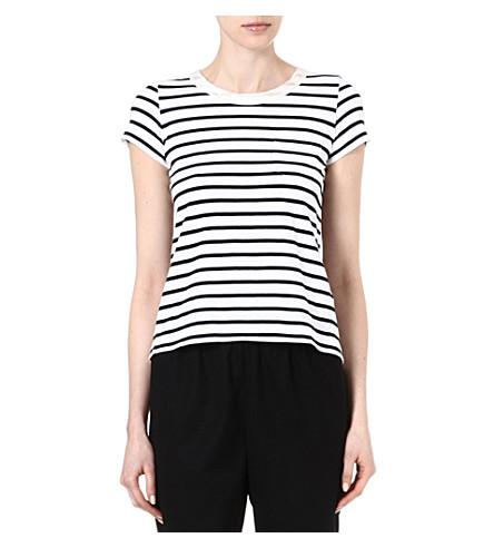 SACAI Pleat panel stripe t-shirt (Off wht / nvy