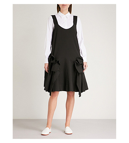 ROBERTS WOOD Gathered sleeveless seersucker dress (Black