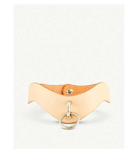 FLEET ILYA Slim O-Ring metallic leather choker (Nude/silver