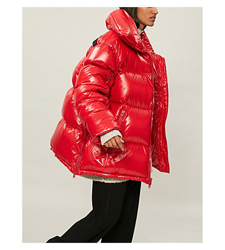 Adjustable shell-down coat