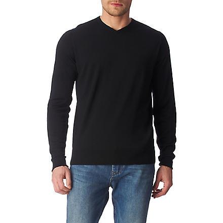 JOHN SMEDLEY Bower high v–neck jumper (Black
