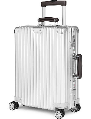 RIMOWA Classic Flight four-wheeled cabin suitcase