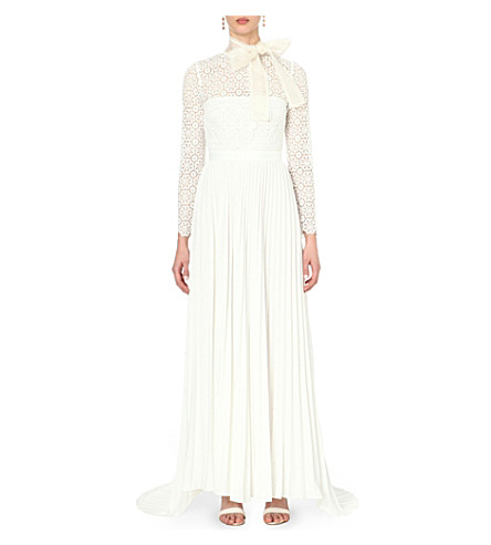 Self portrait lace embroidered wedding dress for Self portrait wedding dress