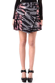 MCQ ALEXANDER MCQUEEN Tiger-print pleated skirt