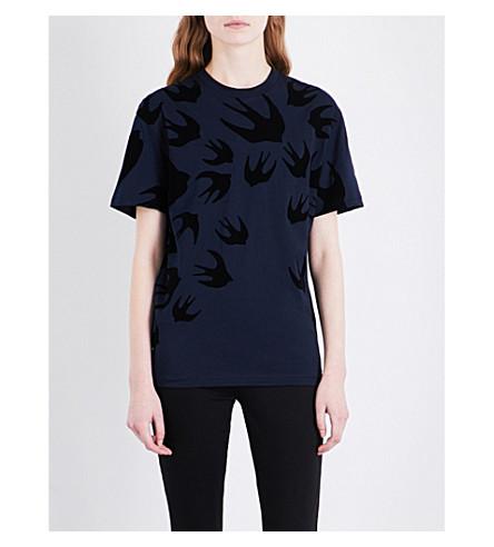 MCQ ALEXANDER MCQUEEN Swallow cotton-jersey T-shirt (Ink+dk+black+flock