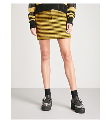 MCQ ALEXANDER MCQUEEN Dogtooth belted wool mini skirt (Black/yellow