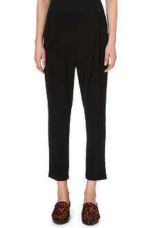 10 CROSBY Tapered crop trousers