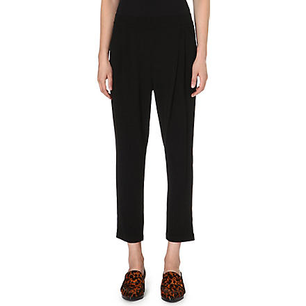 10 CROSBY Tapered crop trousers (Black