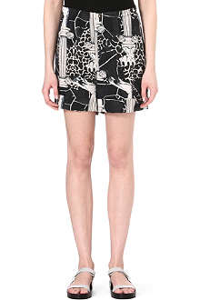 STINE GOYA Chime printed shorts