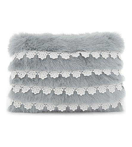 SHRIMPS Lace trim faux-fur clutch (Mint