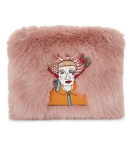 SHRIMPS Finola faux fur clutch bag (Rose