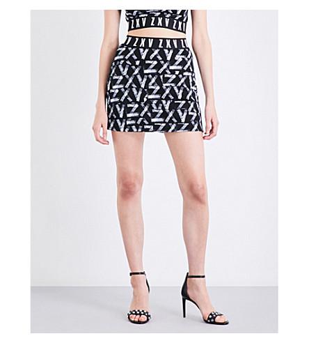 VERSUS VERSACE Versus x Zayn ZXV-print high-rise jersey skirt (White+on+black