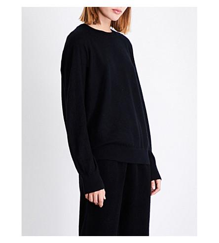 VINCE Round-neck slouchy cashmere jumper (Black