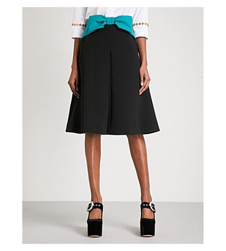 MARY KATRANTZOU Ribbon high-rise crepe skirt (Black/everglade