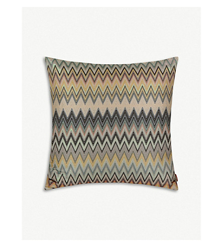 MISSONI HOME Masuleh chevron woven cushion 60x60cm