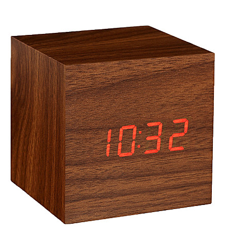 GINGKO Cube walnut click clock red led