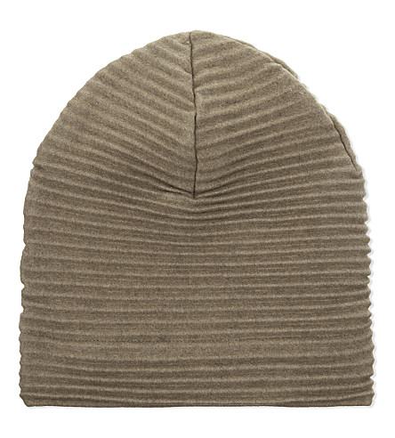 DESIGN HOUSE STOCKHOLM Pleece pleated beanie
