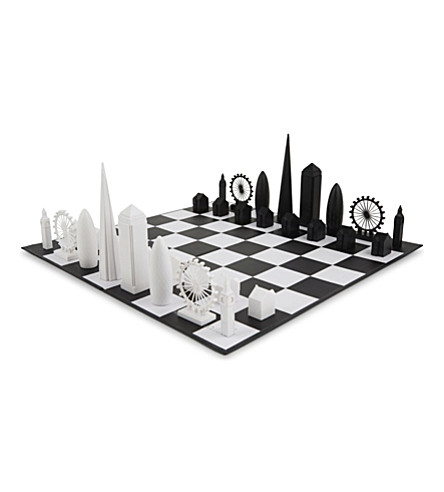 SKYLINE CHESS London chess set