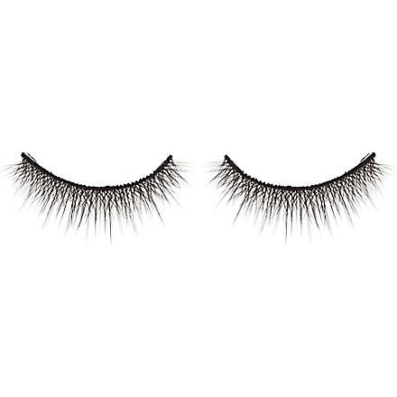 SHU UEMURA Smoky layers false lashes