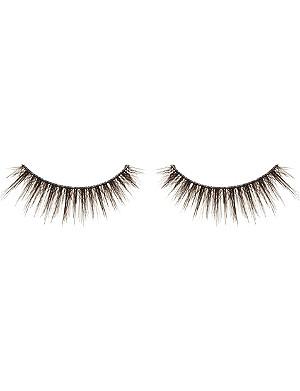 SHU UEMURA Flared layer lashes