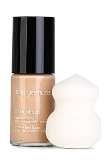 SHU UEMURA The Lightbulb foundation