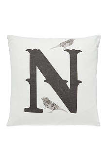 ANNIE LITTLE N monogram cushion