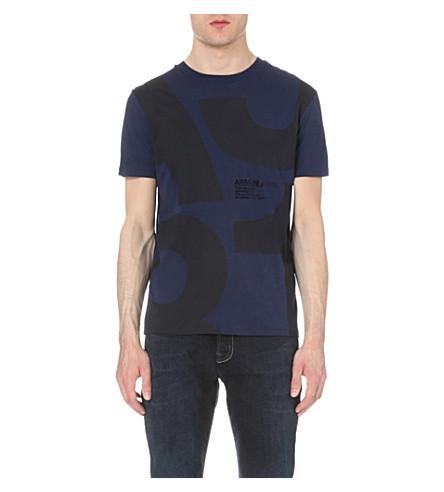 ARMANI JEANS 1981 标志-打印棉-泽西 t-shirt (蓝色
