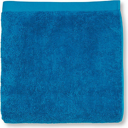 SELFRIDGES Cyan bath sheet (Cyan