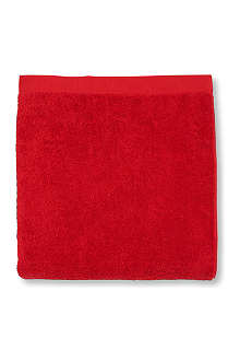 SELFRIDGES Red face cloth