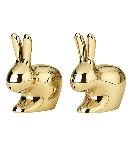 GHIDINI Polished brass rabbit salt and pepper shakers