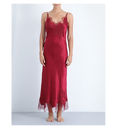 CARINE GILSON Lost in Wonderland silk-satin and lace nightdress (Rubis/rubis