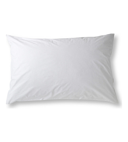 SELFRIDGES Cotton pillow protector 50cm (White