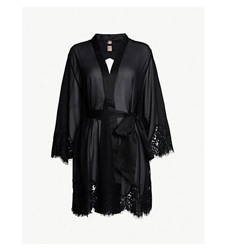 PALINDROME Grandiose satin robe (Cavier
