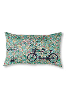 LA CERISE SUR LE GATEAU Tandem Liberty cushion cover