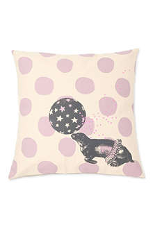 LA CERISE SUR LE GATEAU Seal cushion cover