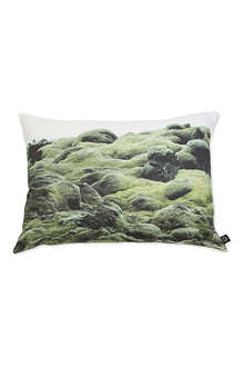BY NORD Moss on Lava cushion