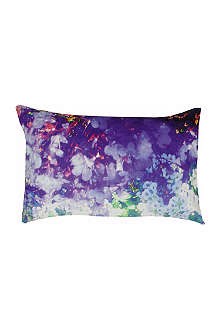 SUZANNE GOODWIN Washed lily and violet linen cushion