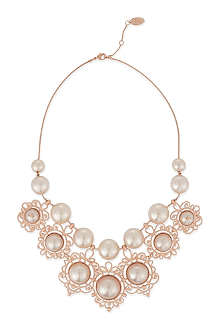 VIVIENNE WESTWOOD JEWELLERY Isolde pearl necklace