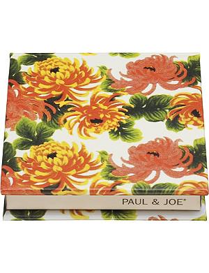 PAUL & JOE Eye Color Trio Compact