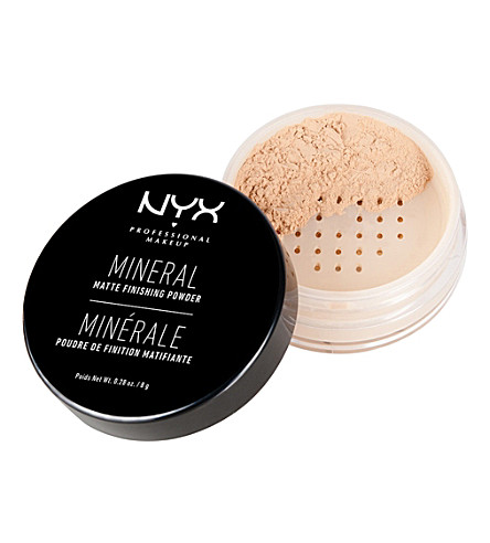 NYX PROFESSIONAL MAKEUP Mineral finishing powder (Light/medium