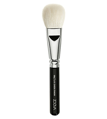 ZOEVA 126 Luxe Cheek Finish Brush