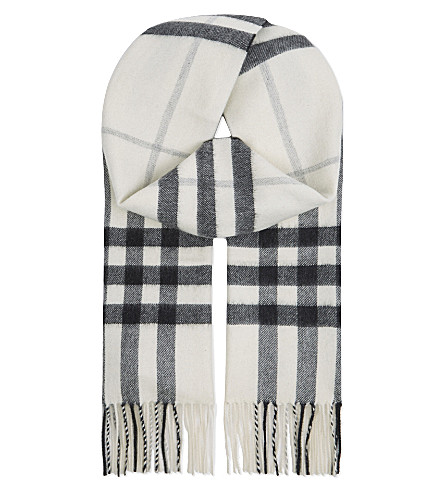 BURBERRY Giant check cashmere scarf (Natural+white+chk