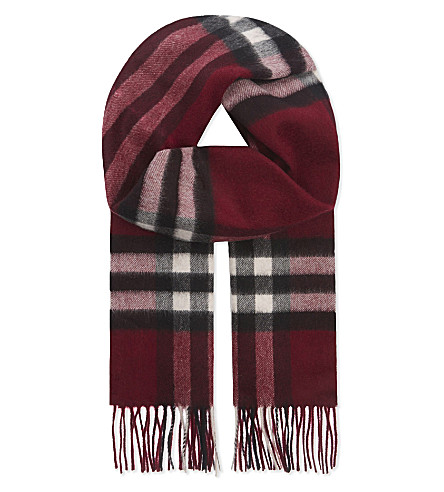 BURBERRY Giant check cashmere scarf (Plum check