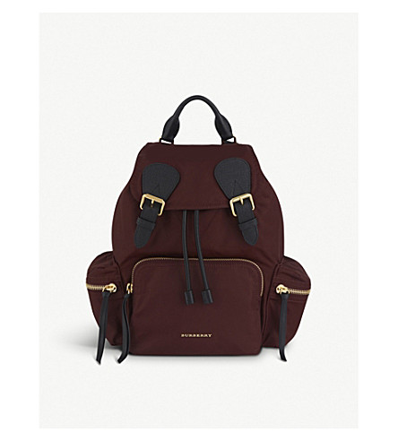 BURBERRY Medium nylon backpack (Burgundy+red