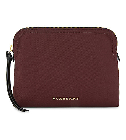 BURBERRY Logo nylon pouch (Burgundy+red