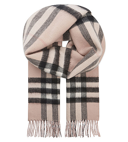 BURBERRY Metallic check cashmere-blend scarf (Ash rose