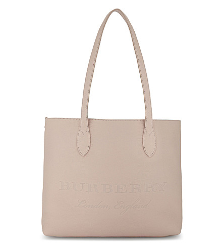 BURBERRY Embossed leather tote bag (Pale+rose